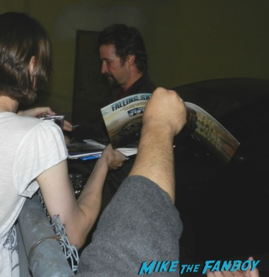 noah wyle signing autographs for fans hot sexy jack burton 009