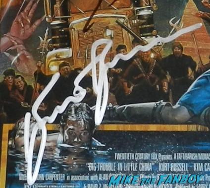 kurt russell autograph signature  signing autographs for fans hot sexy jack burton 027