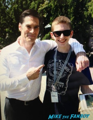 Thomas Gibson fan photo signing autographs for fans hot rare criminal minds star