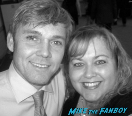 ricky schroeder signing autographs for fans hot sexy fan photo rare