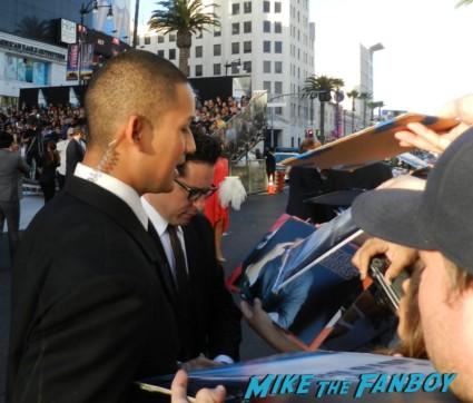 J.J. Abrams signing autographs at star trek into darkness movie premiere signing autographs chris 017