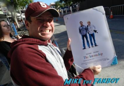 the internship movie premiere vince vaughn signing autographs 070