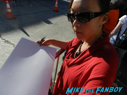 the internship movie premiere vince vaughn signing autographs 070