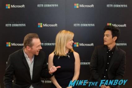 Simon Pegg John Cho alice eve rare photo opp star trek into darkness microsoft store autograph signing and photo pop