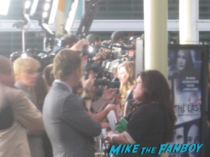 ellen page signing autographs for fans at The East Movie Premiere Report! Karalee Meets Alexander Skarsgard! Ellen Page! James Cromwell! Autographs! Photos! And More!