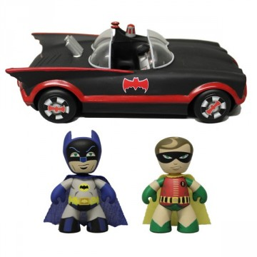 ez-Itz 1966 Batmobile with Batman & Robin set mezco toys 2013 sdcc exclusive
