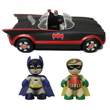 ez-Itz 1966 Batmobile with Batman & Robin set mezco toys 2013 sdcc exclusive