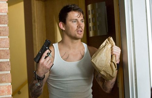 Channing tatum press still from 21 jumpstreet rare promo hot sexy muscle shirt wife beater -500wi
