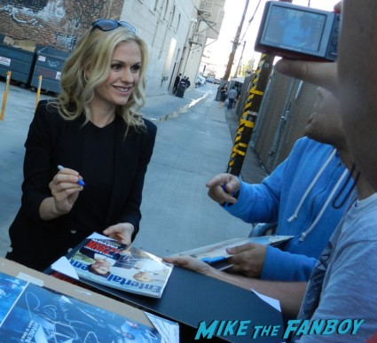 Anna Paquin signing autographs for fans jimmy kimmel true blood 015