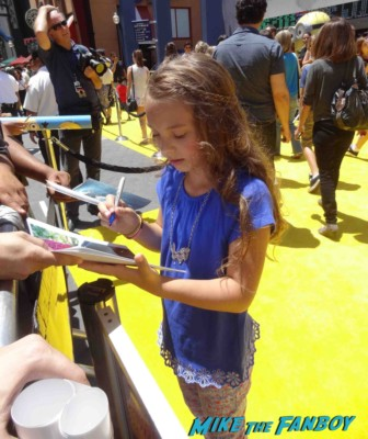 Caitlin Carmichael signing autographs Despicable Me 2 movie premiere red carpet steve carell rare