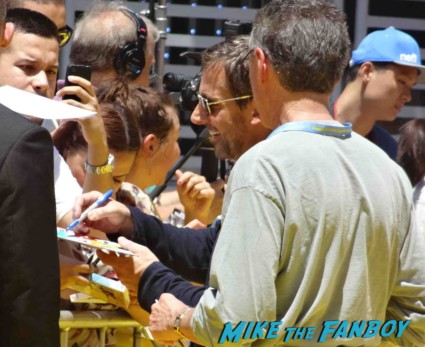 steve carell signing autographs Despicable Me 2 movie premiere red carpet steve carell rare