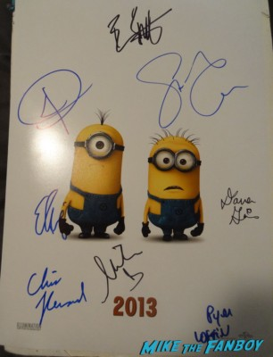 despicable me 2 movie poster signed autograph pharrell steve carell Pharrell signing autographs Despicable Me 2 movie premiere red carpet steve carell rare