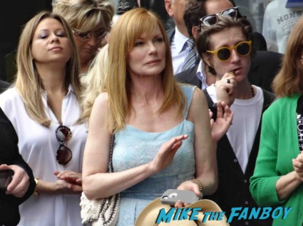 marg helgenberger signing autographs at the Jerry Bruckheimer Walk Of Fame Star Ceremony! With Johnny Depp! Tom Cruise! And Jon Voight! Awesome Photos! Autographs! And More!