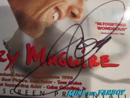 Jerry Maguire signed autograph laser disc tom cruise autograph signature rare promo hand writing