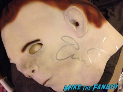 Jamie lee curtis signed autograph michael myers mask rare prop promo