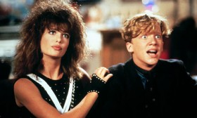 Kelly LeBrock & Anthony Michael Hall in Weird Science