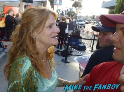 dale dickey signing autographs for fans True Blood Season 6 Premiere! Alexander Skarsgard! Sam Trammell! Rutina Wesley! Joe Manganiello! Rutger Hauer! Deborah Ann Woll! Alan Ball! Kristin Bauer! Autographs! Photos! And More!