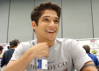 sexy tyler posey teen wolf star interview comic con 2013 rare scott