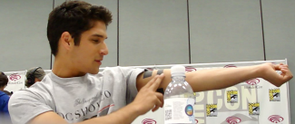 sexy tyler posey teen wolf star interview comic con 2013 rare scott shows off his tattoo