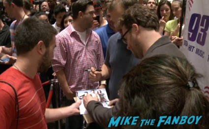 seth rogan signing autographs This is the end seth rogan q and a dallas texas rare signing autographs for fans