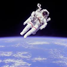 justin bieber wants to go into space astronauat_bieber