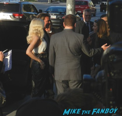 gwen stefani and gavin rossdale arriving at the bling ring movie premiere emma watson signing autographs 008