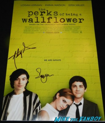 emma watson signed autograph signature perks of being a wallflower bling ring movie premiere emma watson signing autographs 045