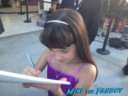 Chris Bauer signing autographs true blood season 6 premiere red carpet anna paquin alexander skarsgard hot rare