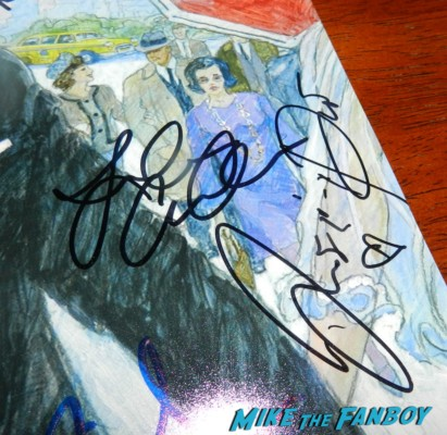 Jessica Paré signing autographs for fans mad men q and a emmy party 003