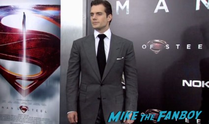 Henry Cavill on the red carpet at the man of steel new york movie premiere red carpet henry cavill hot (19)