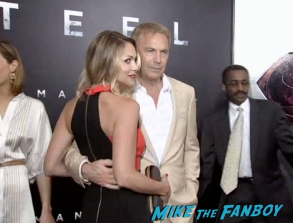 kevin costner on the red carpet at the man of steel new york movie premiere red carpet henry cavill hot (19)