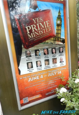 yes, Prime Minister poster michael mckean signing autographs for fans spinal tap 002