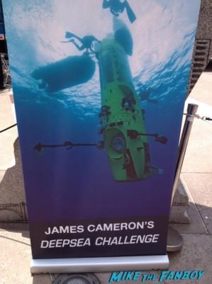 deep sea challenger james cameron signing autogaphs at event science center