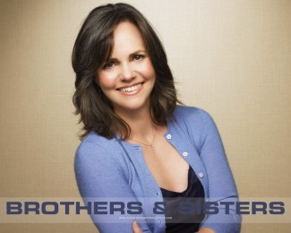 sally_field_brothers_and_sisters_wallpaper_1280x1024_2