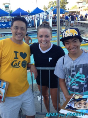 Natalie Coughlin signing autographs for fans rare signed autograph sports illustrated magazine hot sexy swimmer