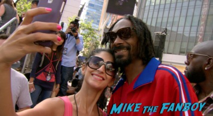 snoop dog signing autographs turbo event los angeles snoop dog signing autographs (12)
