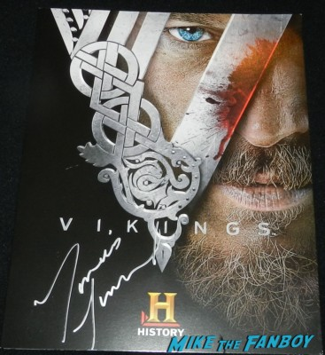 travis fimmel signed autograph vikings cast q and a television academy 032