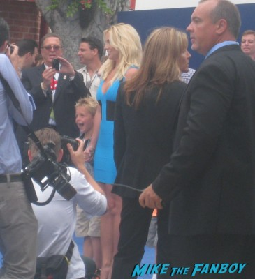 britney spears arriving to the the smurfs 2 movie premiere rare red carpet promo