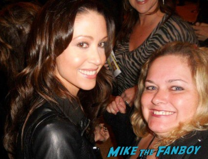 Shannon Elizabeth fan photo signing Autographs for fans
