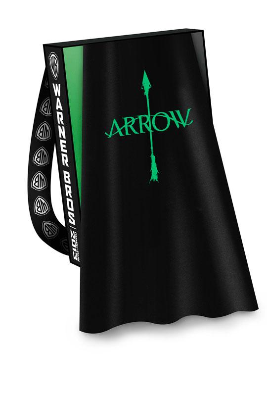 ARROW-Comic-Con-2013-Cape