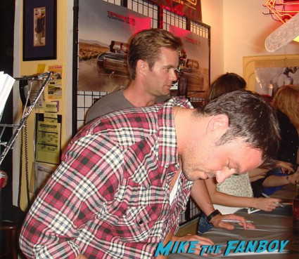 sexy brian austin green signing autographs for fans Terminator the sarah connor chronicles car at the autograph signing golden apple comics shirley Manson