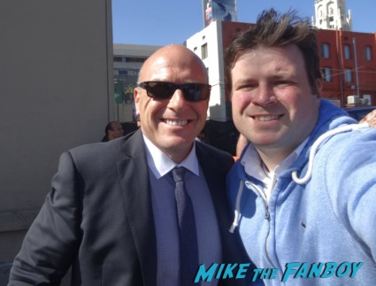 Dean Norris Signing autographs for fans breaking bad star rare