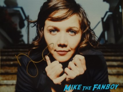 Maggie Gyllenhaal signed autograph photo signing autographs for fans hot sexy crazy heart star rare