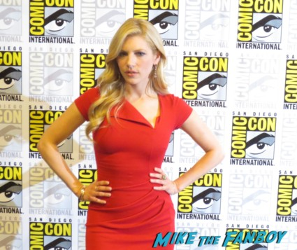 katheryn winnick at san diego comic con vikings press room rare promo interview red carpet