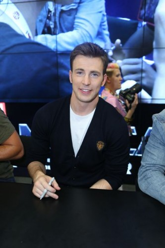 Captain America: The Winter Soldier Cast Signing! Chris Evans! Samuel L. Jackson! Anthony Mackie! Emily VanCamp! Sebastian Stan! Frank Grillo! Autographs! And More Marvel Goodness!