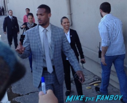 Marlon Wayans signing autographs for fans jimmy kimmel live rare promo white chicks rare
