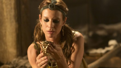 Jessalyn-Gilsig_Vikings press promo still photo rare siggy season 2