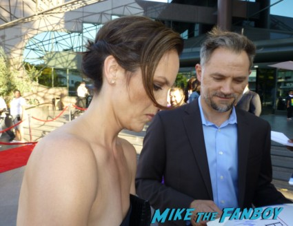 The Bridge Premiere Annabeth Gish signing autographs for fans rare promo hot mystic Pizza star now