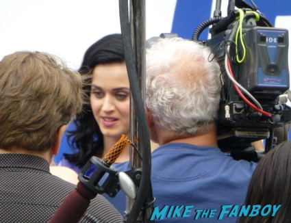 The Smurfs 2 premiere katy perry signing autographs for fans
