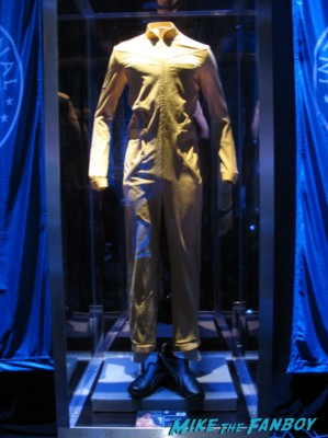 Ender's Game prop and costume display rare san diego comic con sdcc 2013 rare promo flight outfit